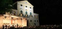 Klassik unter Sternen (C) Klassikfestival Schloss Kirchstetten